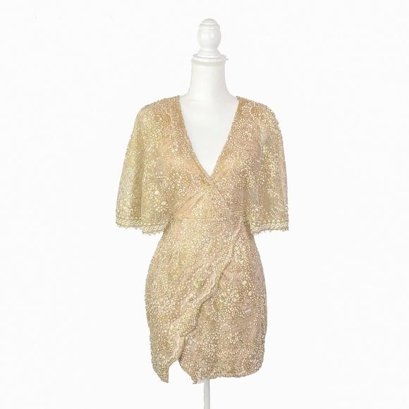 fe3cf467 Selfie Leslie Dresses | Gold Glitter Cape V Neck Dress S | Poshmark